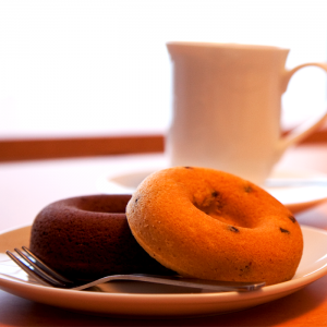 cafe-donuts