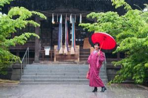 雨の日 神社